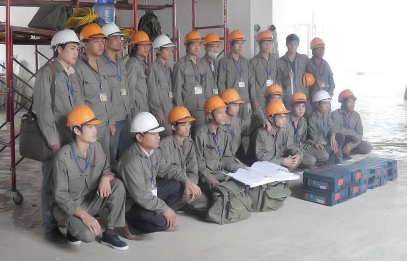 Đội ngũ thi công