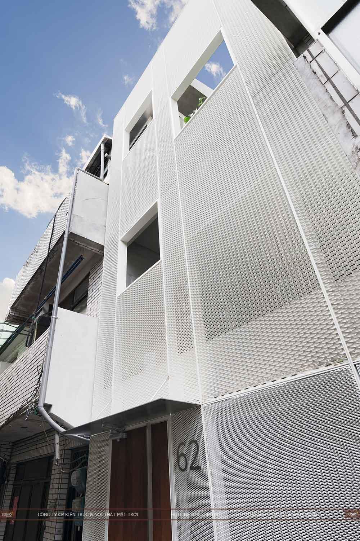 Thiết kế nhà phố có kính thông tầng phong cách mới