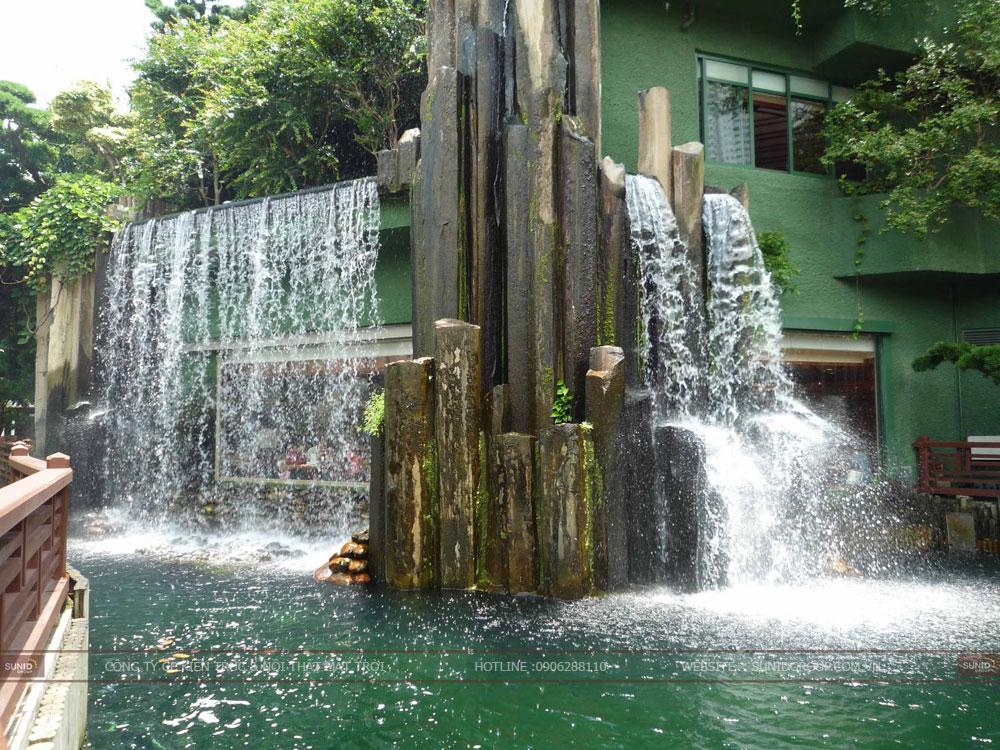 Vai trò của thác nước tiểu cảnh đối với phong thủy