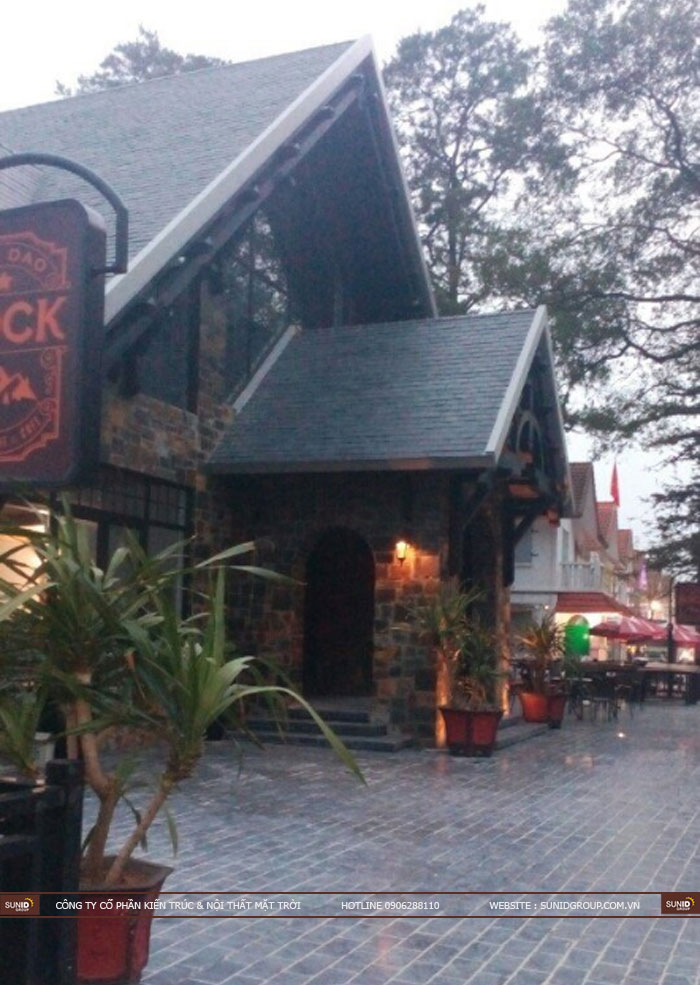 Thi công hoàn thiện quán Rock cafe Tam Đảo