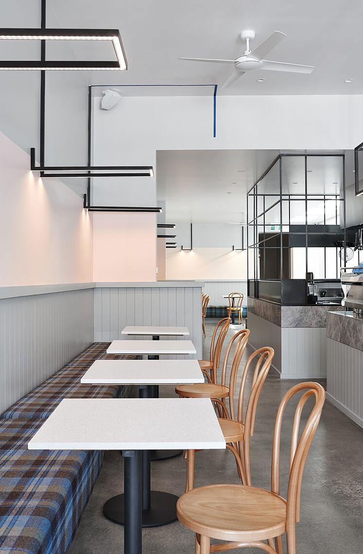 thiết kế quán trà sữa nhỏ đẹp lung linh ảnh 14