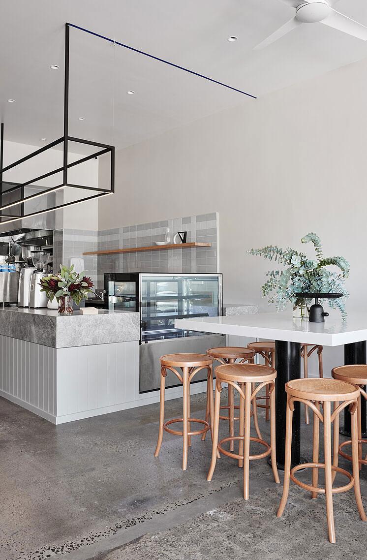 thiết kế quán trà sữa nhỏ đẹp lung linh ảnh 15