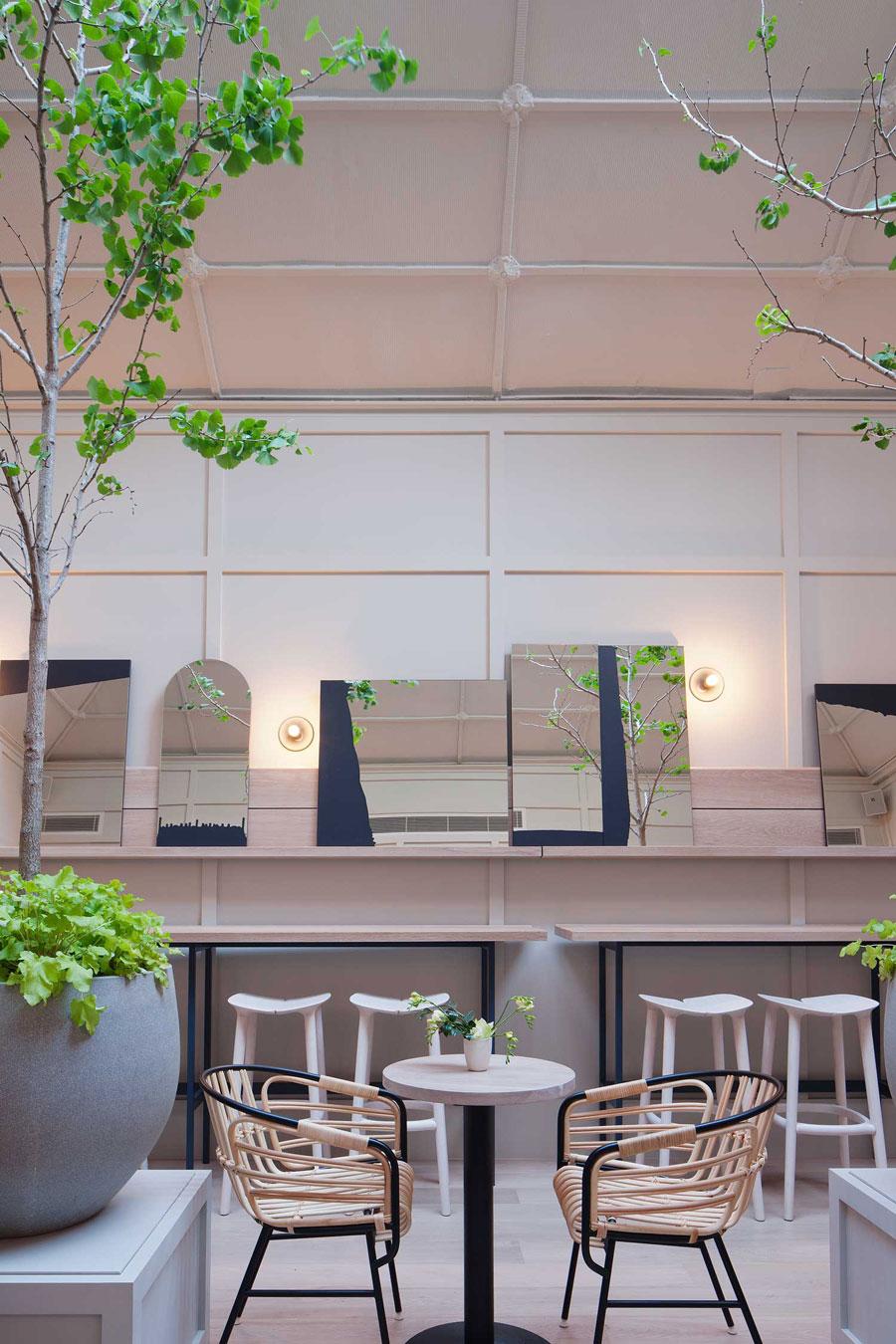 thiết kế quán trà sữa nhỏ đẹp lung linh ảnh 2