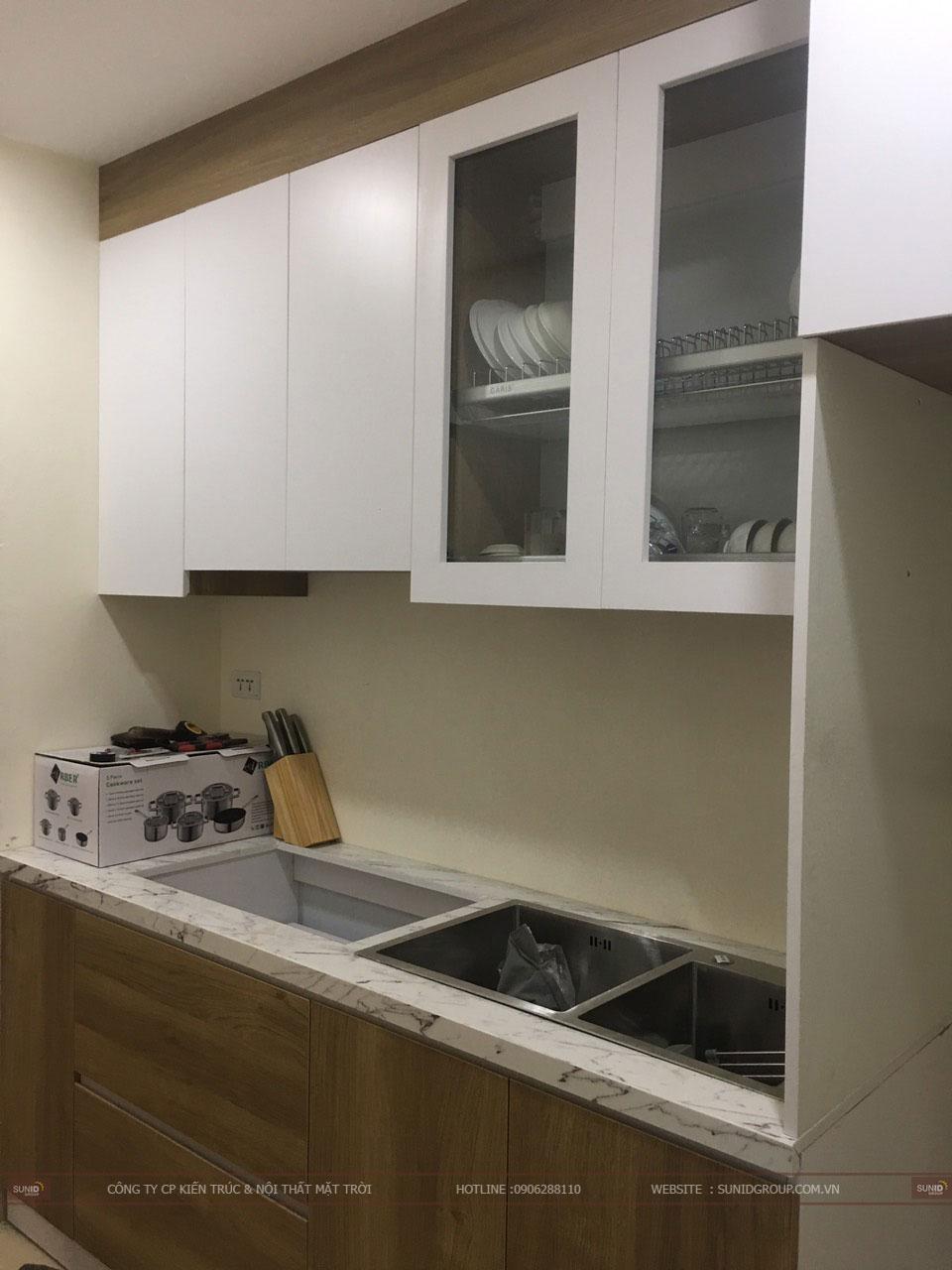 Tủ bếp và bồn sửa sau khi lắp đặt xong