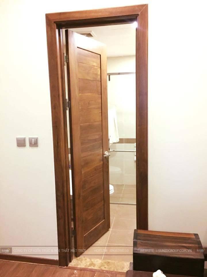 Lắp đặt cánh cửa các phòng