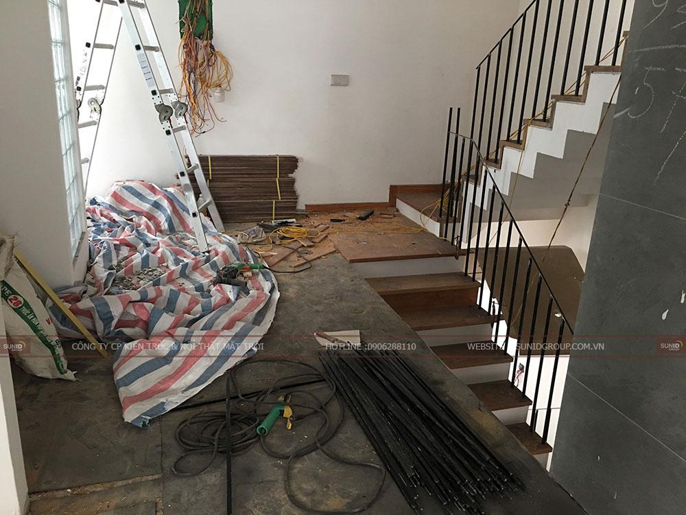 Ốp gỗ sàn và cầu thang